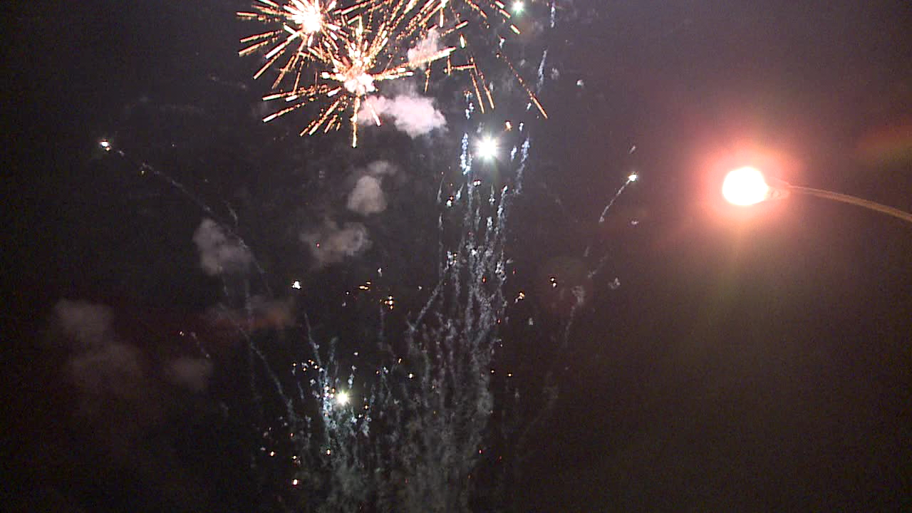 illegal fireworks (2)_131798