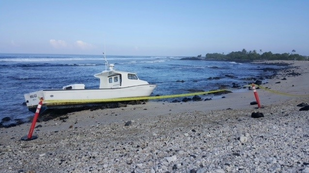 1-25 GROUNDED BOAT_140128