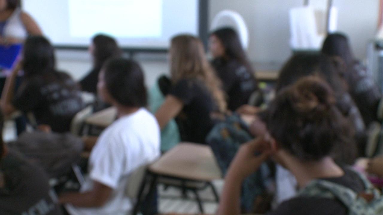 blurred classroom students_121655