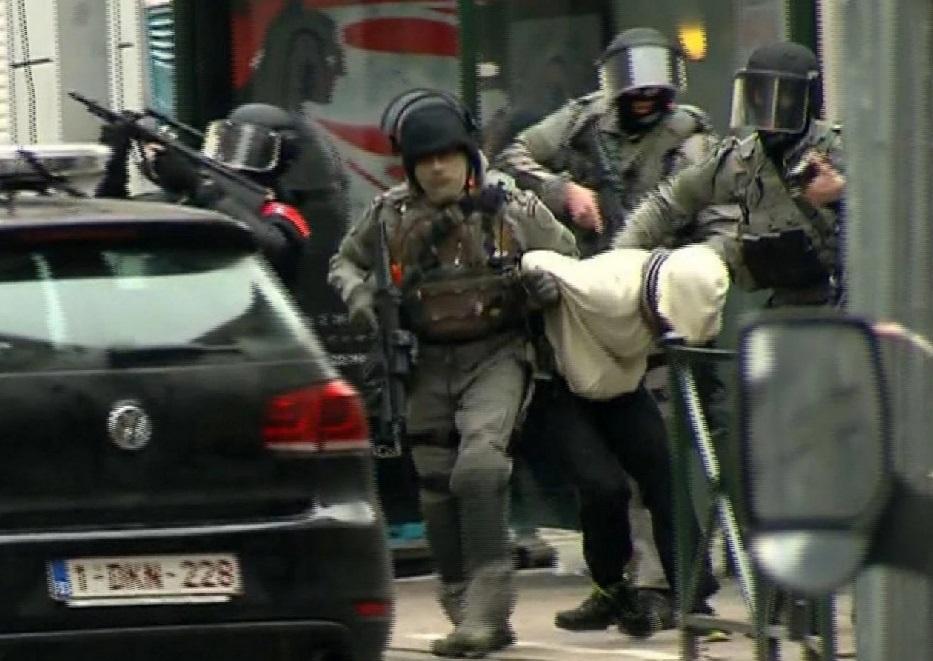 paris attack fugitive arrest_148386