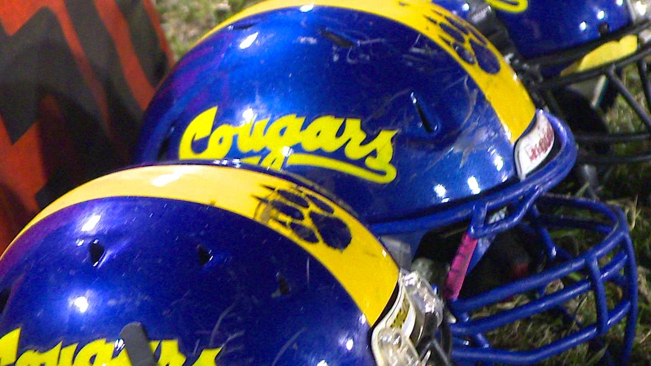 football helmets_156384