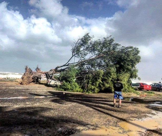Severe weather warnings continue for Kauai