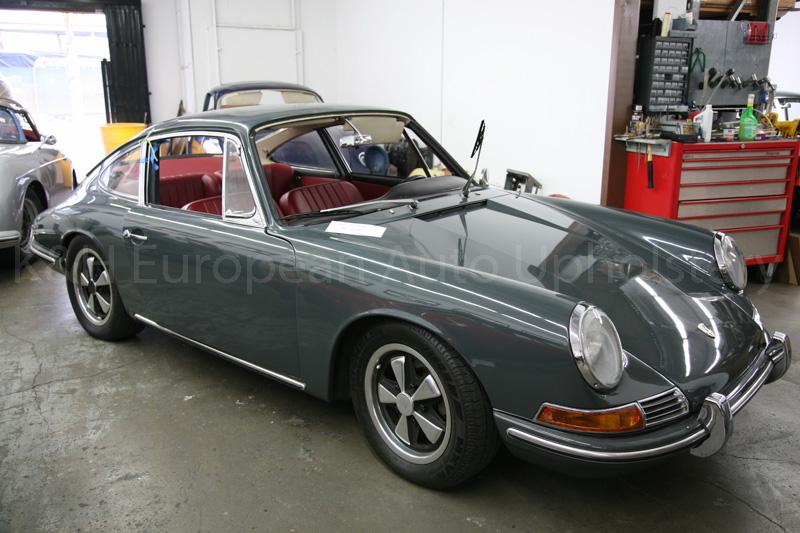 Gallery Porsche 912 Red Black Interior 1966 KampH