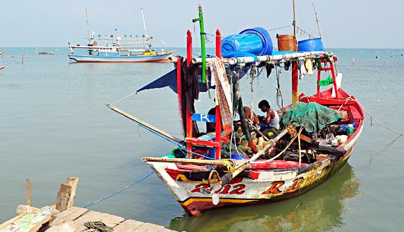 KIARA: Latih Nelayan Cegah Illegal Fishing, Pemerintah Harus Sediakan BBM