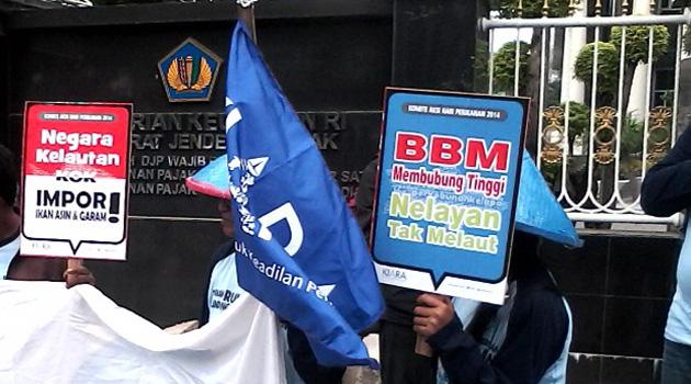 Harga BBM Naik, Harga Jual Ikan Melorot, Nelayan Tak Kuat Melaut