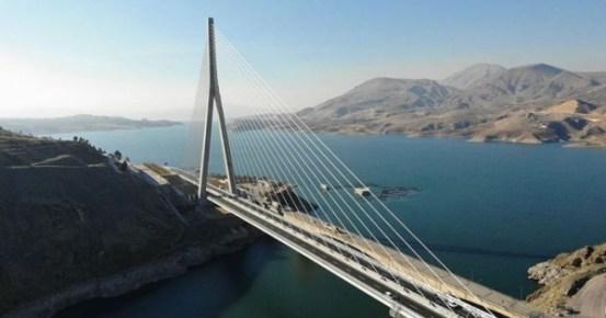 Το λιμάνι 16 ετών άνοιξε στην Τουρκία Kömürhan Bridge