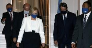 Η ελληνική πλευρά συνεχίζει εντατικές δραστηριότητες στα παρασκήνια
