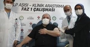 Ο υπουργός Βιομηχανίας της Τουρκίας έχει προσφερθεί εθελοντικά στις πρώτες ανθρώπινες δοκιμές υποψήφιων εμβολίων Kovid-19