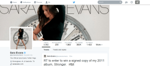 Sara Evans follows us on Twitter.