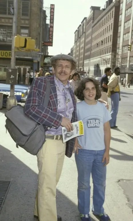 jerry stiller takes his son ben to a a play