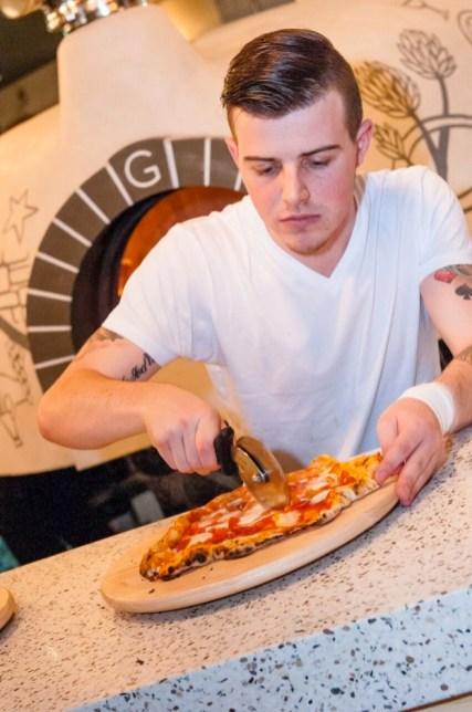 sourdough pizza....yummy