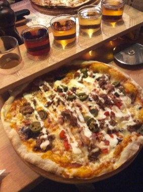 pizza with soured cream