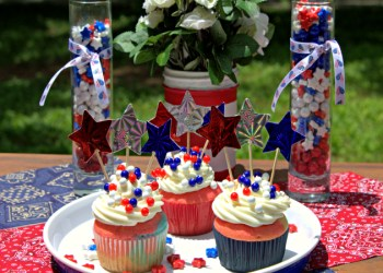 These Easy Patriotic Snacks For Kids Add Sparkle To Any Picnic