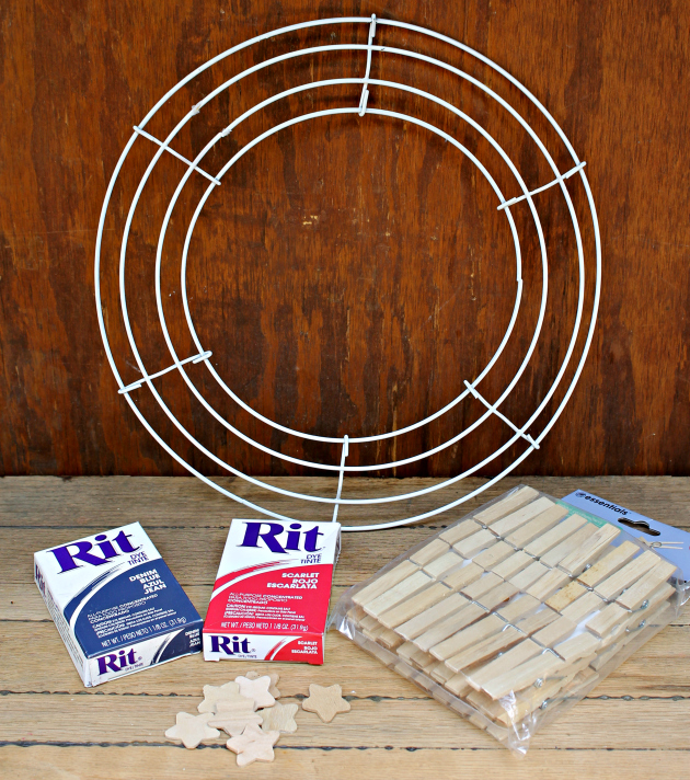 Patriotic Red White and Blue Clothespin Wreath supplies