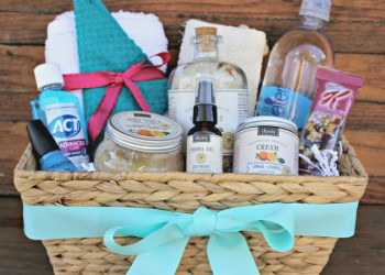 How To Create A Spa Gift Basket She Will Love