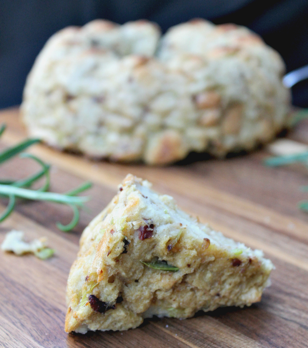 Traditional Homemade Bread And Herb Stuffing 4