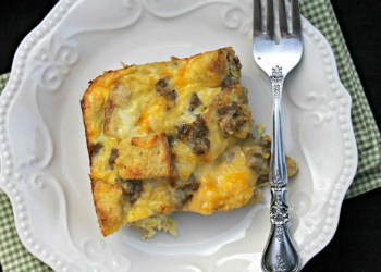 Peggy's Christmas Breakfast Casserole Recipe