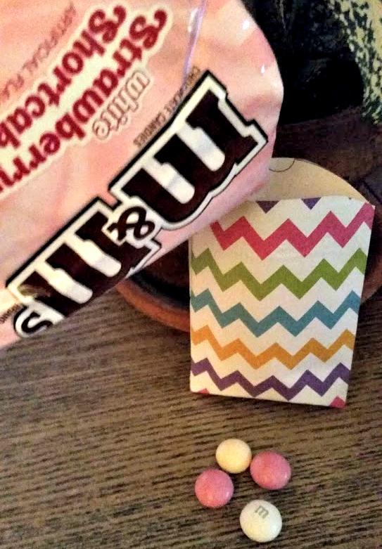 DIY Pillow Box Candy Holder candy