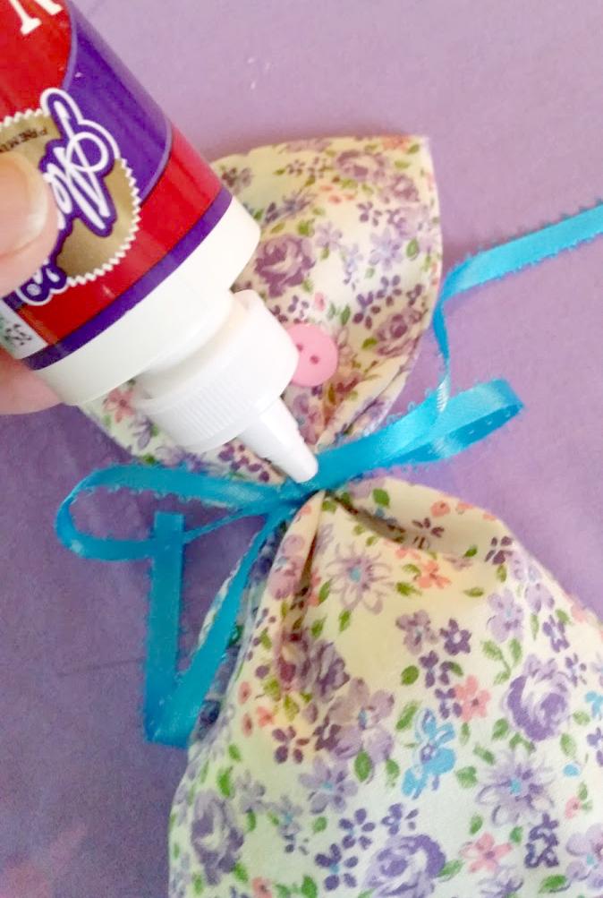 How To Make Homemade Potpourri And Sachet Bags glue button