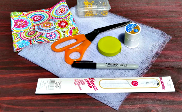 Easy To Sew DIY Mesh Laundry Bag supplies