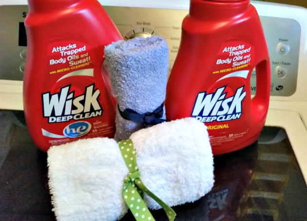 Easy To Sew DIY Mesh Laundry Bag wisk 2
