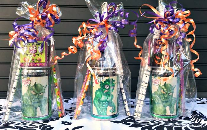 How To Make A Halloween Party Favor Bag finished bags