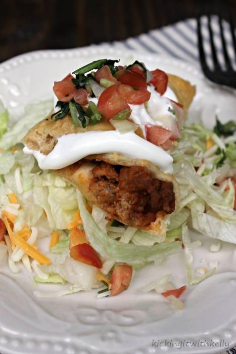 Manwich Sloppy Joe Taco Ring Recipe taco slice close