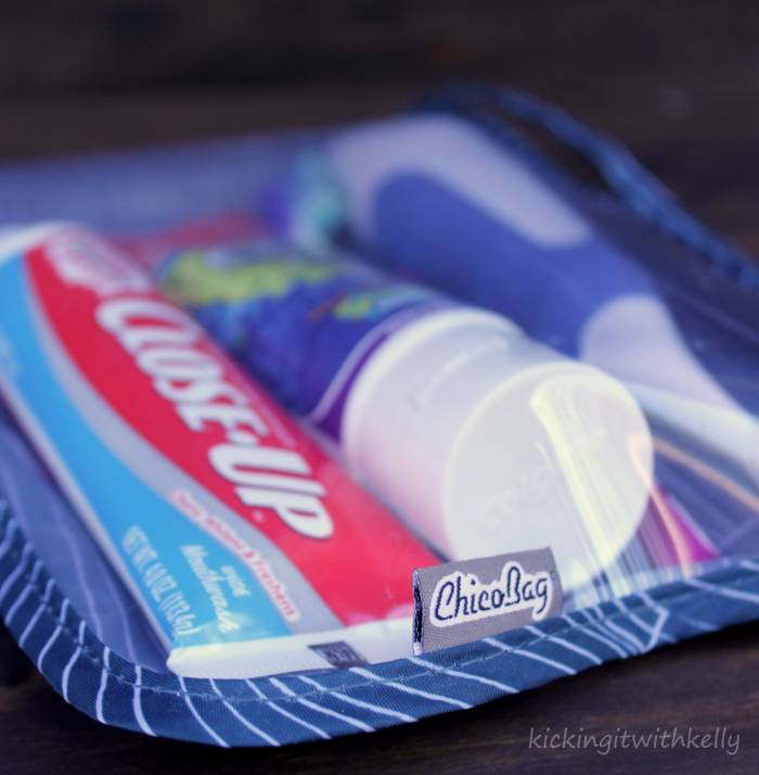 How To Pack Smartly When Travelling With Kids zip bag