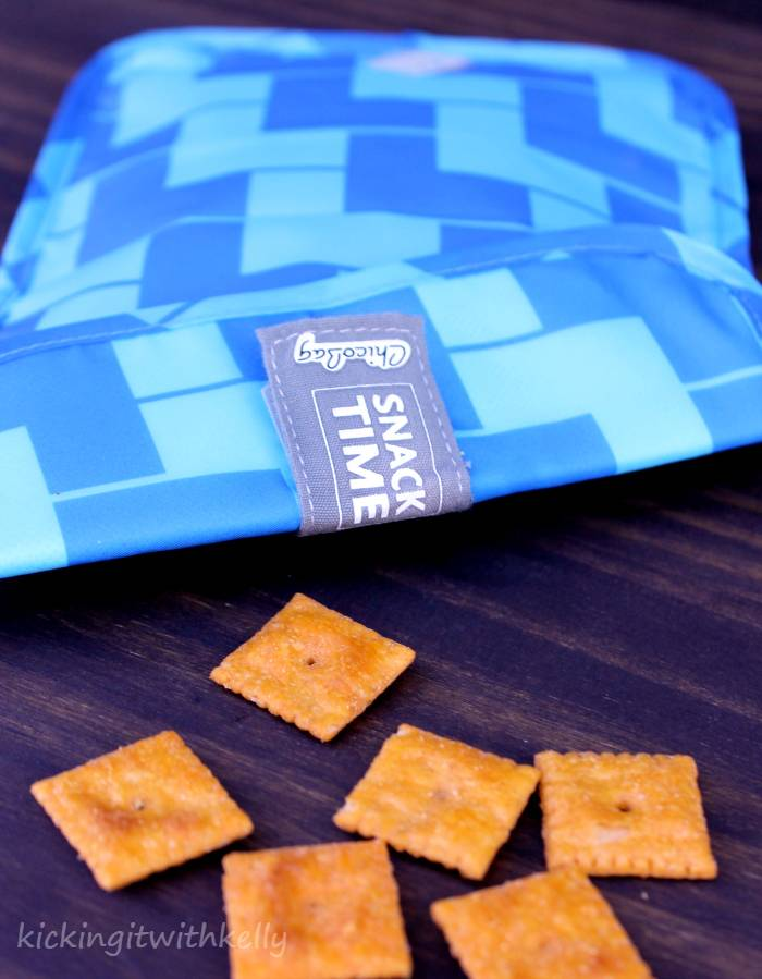 How To Pack Smartly When Travelling With Kids snack bag