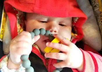 Five Natural Ways To Soothe A Teething Baby