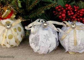 Handmade Christmas Rag Ball Ornaments balls