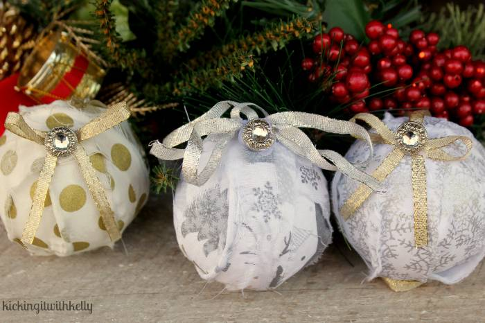 Handmade Christmas Rag Ball Ornaments balls