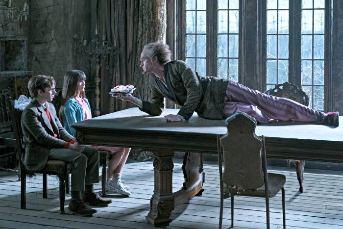 Lemony Snicket's A Series of Unfortunate Events Is Coming To Netflix! 4