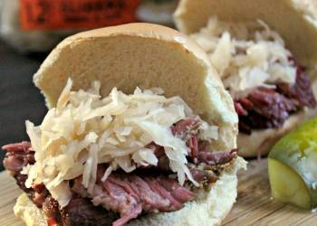 Beer Soaked Slow Cooker Pastrami Game Day Sliders