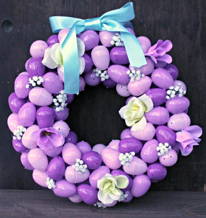 DIY Floral Easter Egg Wreath TutorialEasy To Make Plastic Easter Egg Wreath Craft final