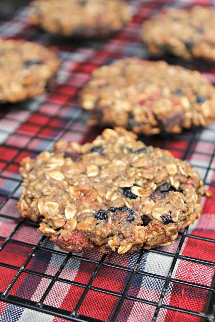 Vegan Chocolate Chunk Mixed Berry Cookies 6