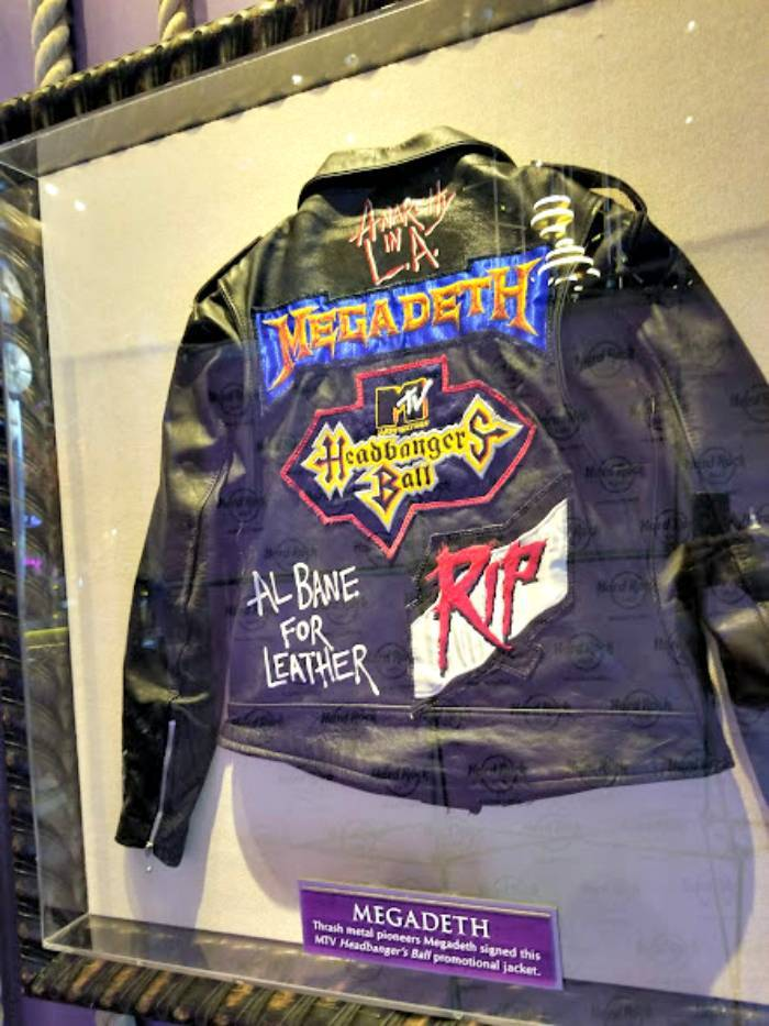 Hard Rock Cafe Pigeon Forge jacket