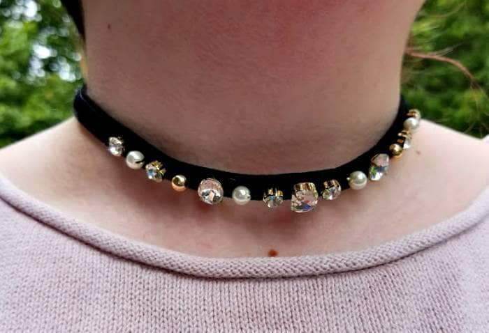 do you have these essentials in your closet? choker