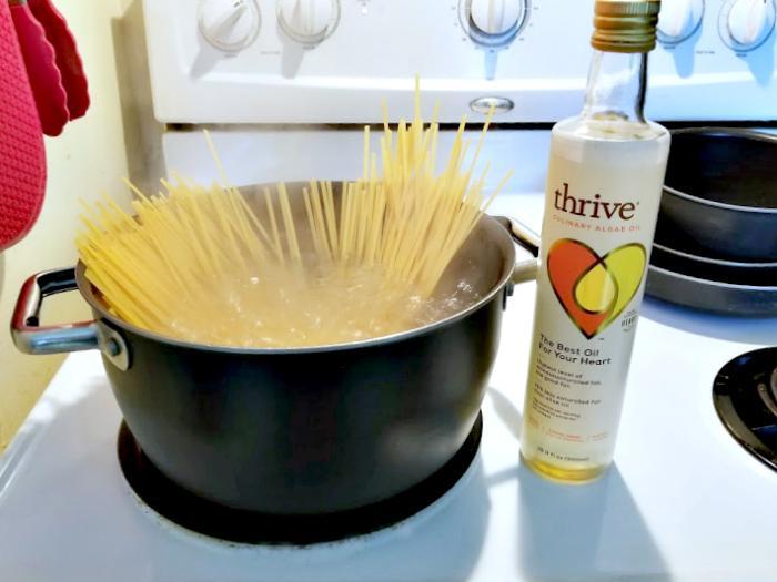 30 Minute Vegetarian Spicy Thai Noodles Recipe pasta2