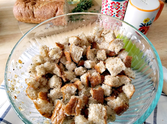 Homemade Whole Wheat Parmesan and Herb Croutons oilherbsbread