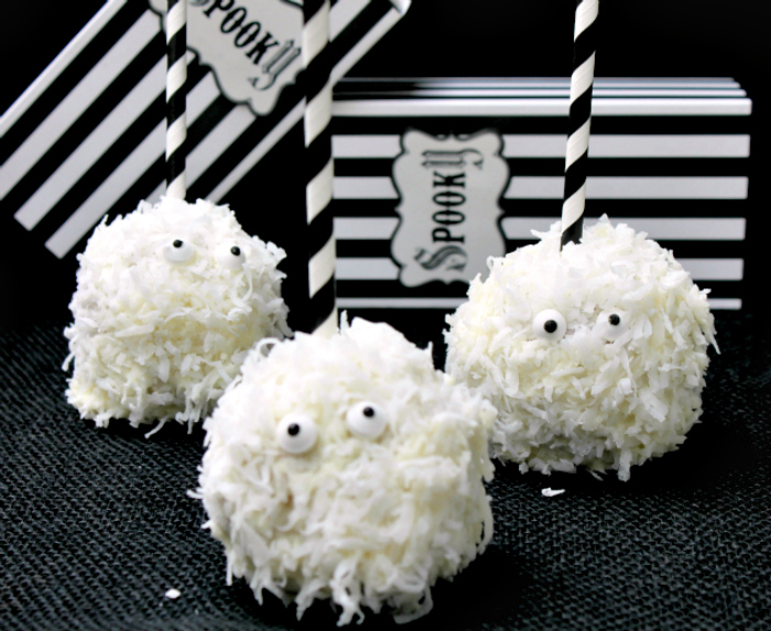 White Chocolate Coconut Ghost Apples 2-trio plated