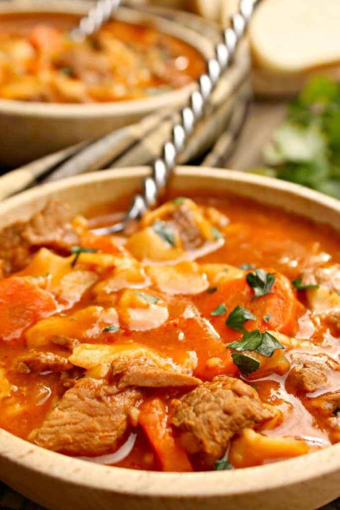 Crock Pot Beef Noodle Soup Recipe