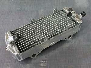 RADIATEUR POUR KTM 250/450/525 EXC 2003-2007 (GAUCHE)