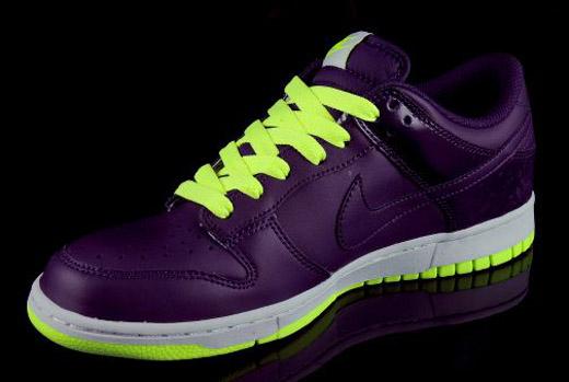 Nike Dunk Low | Grand Purple/Volt