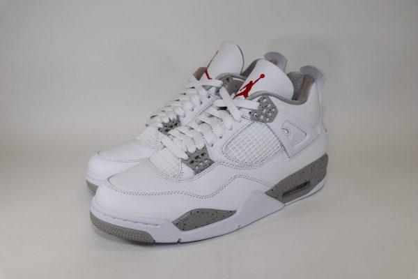Air Jordan 4 Retro 'White Oreo'