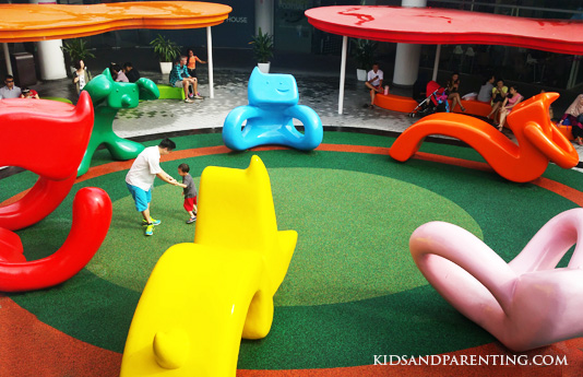 Vivo-city-playground