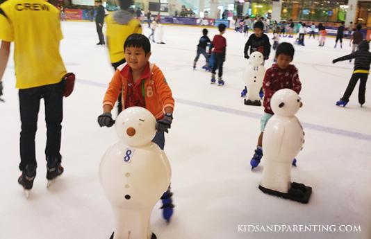 iceskating-the-tink-skating