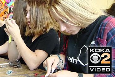 Local Students Spread Jewelry Love