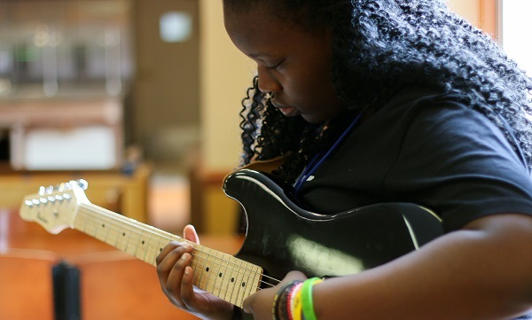 5 Pittsburgh schools of rock to get kids strumming and drumming
