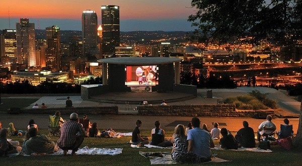 6 ways kids can see free (or super cheap) summer movies in Pittsburgh